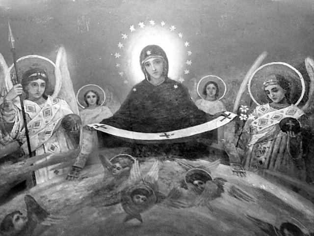 Фреска Покрова Пресвятой Богородицы на потолке входа Троицкой надвратной церкви Киево-Печерской лавры