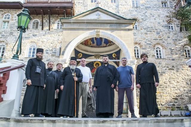 Наша паломническая группа в самом начале пребывания на Афоне